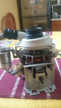 Pęknieta guma pompy myjącej zmywarki whirpool Adg 8836IX