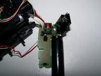 Lampa błyskowa ze starego aparatu - jak wyzwolić błysk?