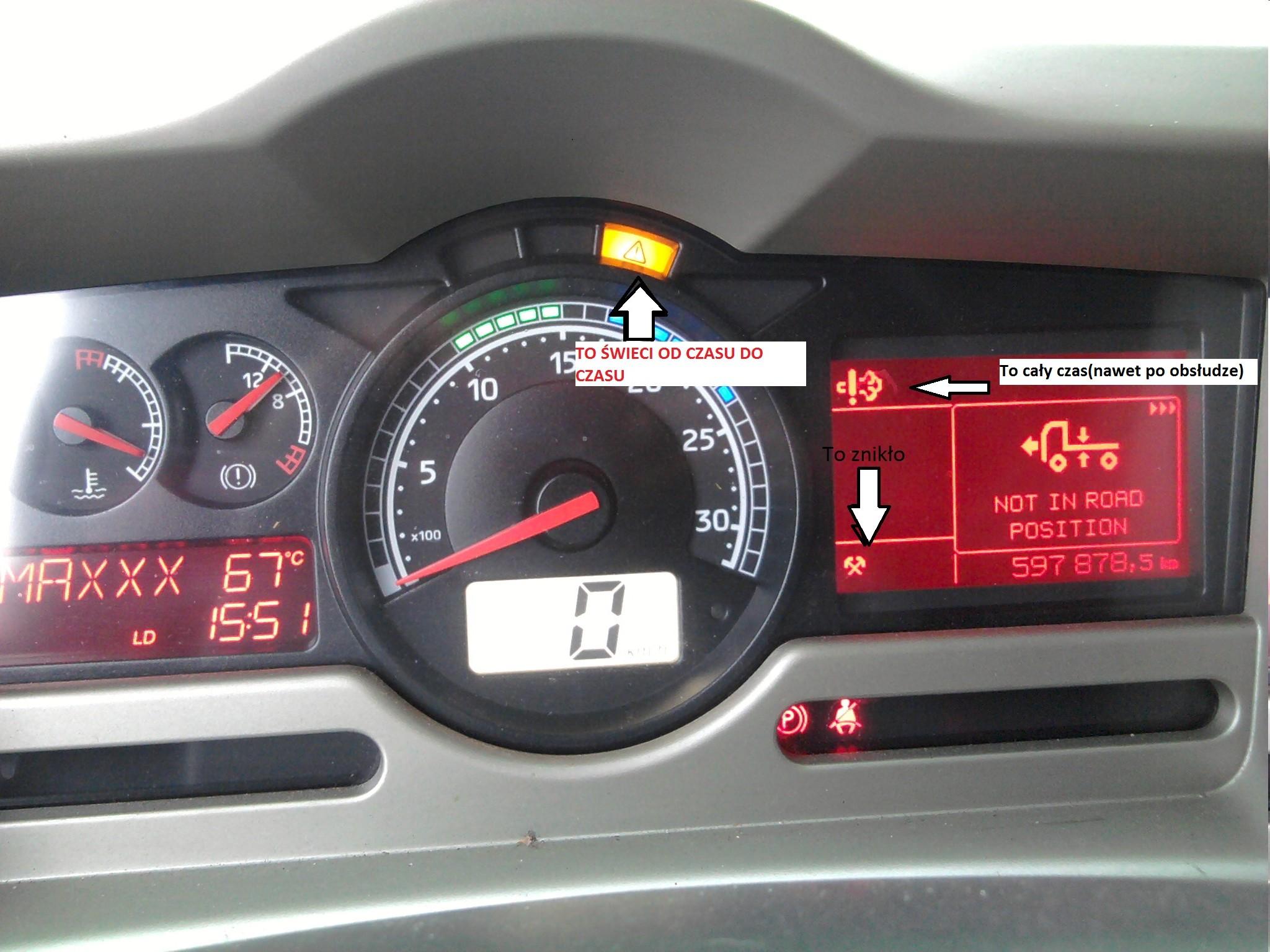 Renault Premium 450DXI spada z obrot�w, ga�nie.