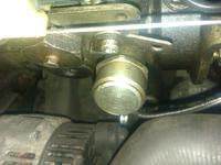 Renault CLIO 1,9D dymi przy zapalaniu na ciep�ym silniku