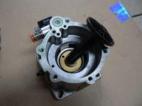Kompresor srubowy FIAC V20 - wyrzuca olej przez zawór odprężny