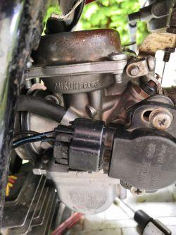 Suzuki GN125 1997 - Problem z gaźnikiem Mikuni - Obroty i regulacja