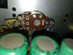 Diora WS 4422 - złe połączenie potencjometru volume