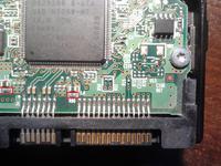 hitachi HDS728080pla380 - Odwrotnie podłączone zasilanie