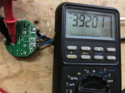Smart włącznik światła ściemniacz QTouch WiFi [Schemat, protokół UART]