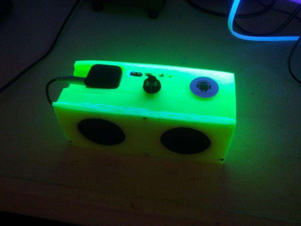 Bezprzewodowy g�o�nik wykonany na drukarce 3D