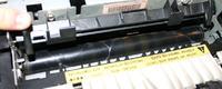 HP LaserJet 5M składa papier w harmonijkę