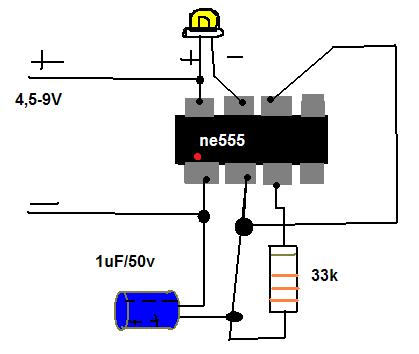 Układ astabilny na ne555. Czy ten układ ma prawo działać?