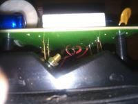 Taga Harmony tav-606F v.3 - wyłącza wzacniacz po podłączeniu przewodów