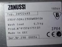 Zanussi T834v Wirowanie - pralka nie wchodzi na zadane pe�ne obroty wirowania.