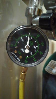 Zanussi ZRG11600WA - Uzupełnianie R600a w chłodziarce -chałupniczo