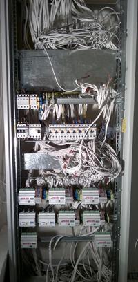 Lokacja szafek z automatyką RS485 - szafa centralna, czy szafki pokojowe ?