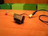 MotoVT - Wskaźnik napięcia i temperatury do motocykla.