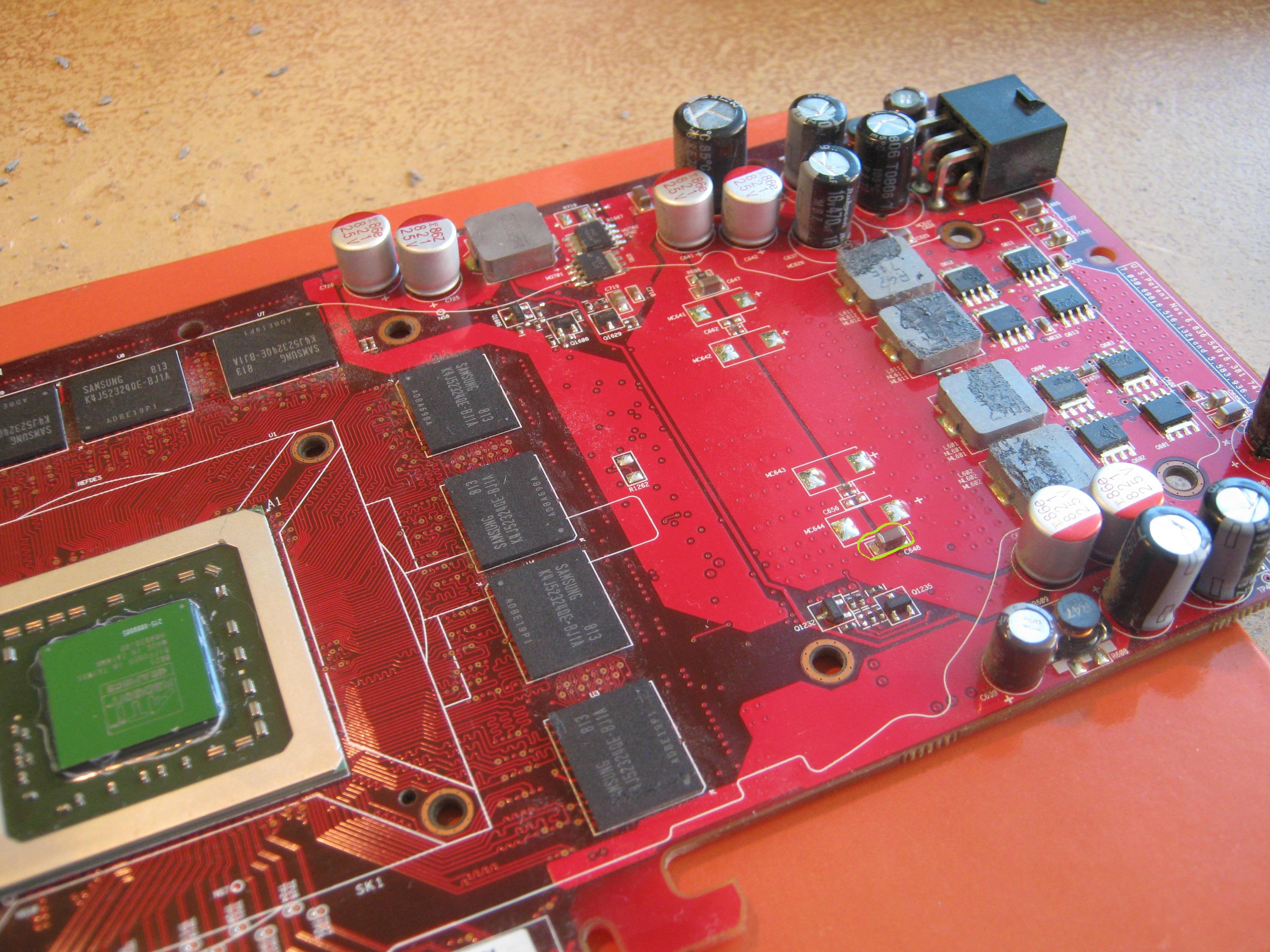 ASUS Radeon 4850  - Artefakty