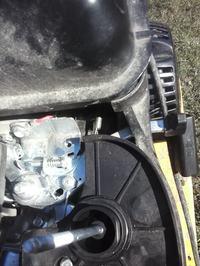 BRIGGS&STRATTON 950 - Nierówna praca silnika po wyłaczeniu ssania
