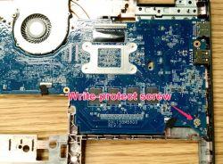 Lenovo thinkpad 11e chromebook - Wie ktoś może gdzie jest śruba blokująca zapis