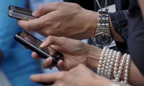 Usługa SMS ma już 20 lat. Pierwszy SMS wysłano 3 grudnia 1992 roku.