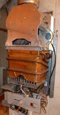 Junkers WRP-250-5 KB - odpala dopiero przy silnym strumieniu wody