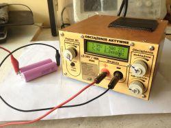 Aktywne obciążenie z pomiarem pojemności akumulatorów.