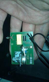 Prostownik samochodowy StefPol EST-305 - nie działa po włączeniu do zasilania