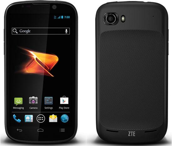 """ZTE Warp Sequent - smartphone z 4,3"""" ekranem, Android 4.0 i Atom Z2460"""