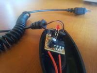 Akumulatorowa �adowarka z gniazdem zapalniczki samochodowej.