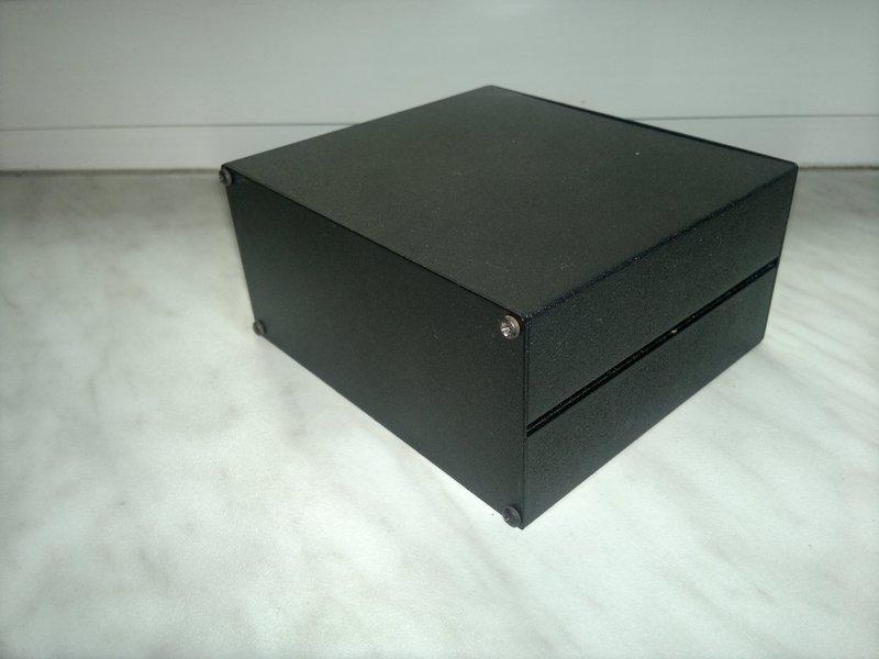 [Sprzedam] Obudowa aluminiowa malowana na czarno