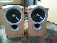 [Sprzedam] Monitory firmy KEF Q1