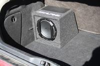 Głośnik Alpine SW-815 rozklejony magnes.