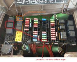 John Deere 5720 - Skaczący obrotomierz, oraz kontrolka WOM