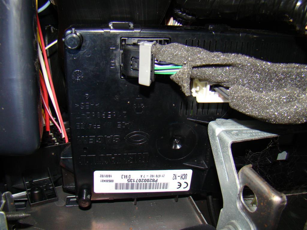 Renault Clio II kontrolka usterki elektrycznej/�wiec - auto nie odpala.
