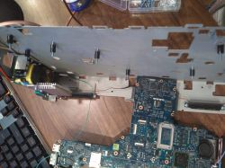 Domowy serwer testowy ze starego laptopa.