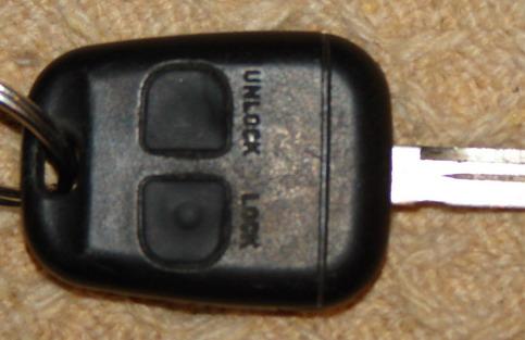 Toyota Avensis SOL 2,0 D4D problem z centralka z pilota...