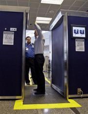 190 skanerów ciała na największych lotniskach w USA