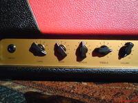 Lampowy head gitarowy 18W