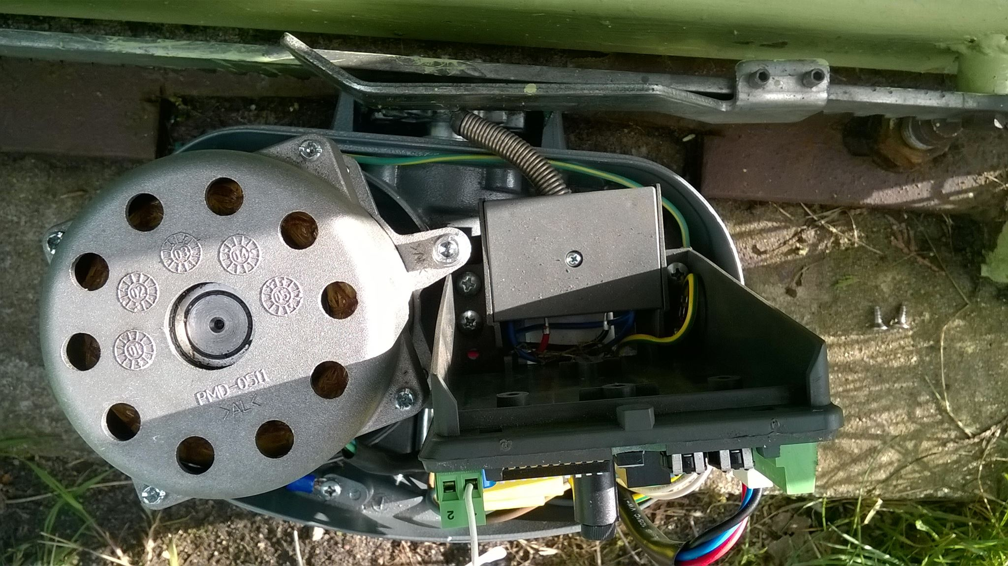 Nice RO300 - Piloty zaprogramowane, motoreduktor nie startuje.