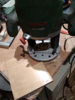 Piętrowy stojak na śrubokręty DIY