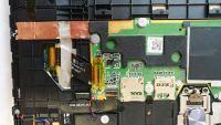 Lenovo YT3-X50L Yoga Tab 3 - Uszkodzony element na płycie