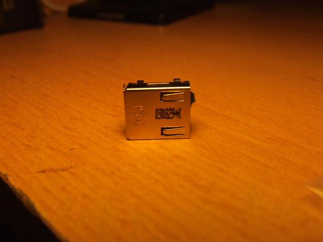 Poszukuj� gniazdo s�uchawek do laptopa Samsung N130