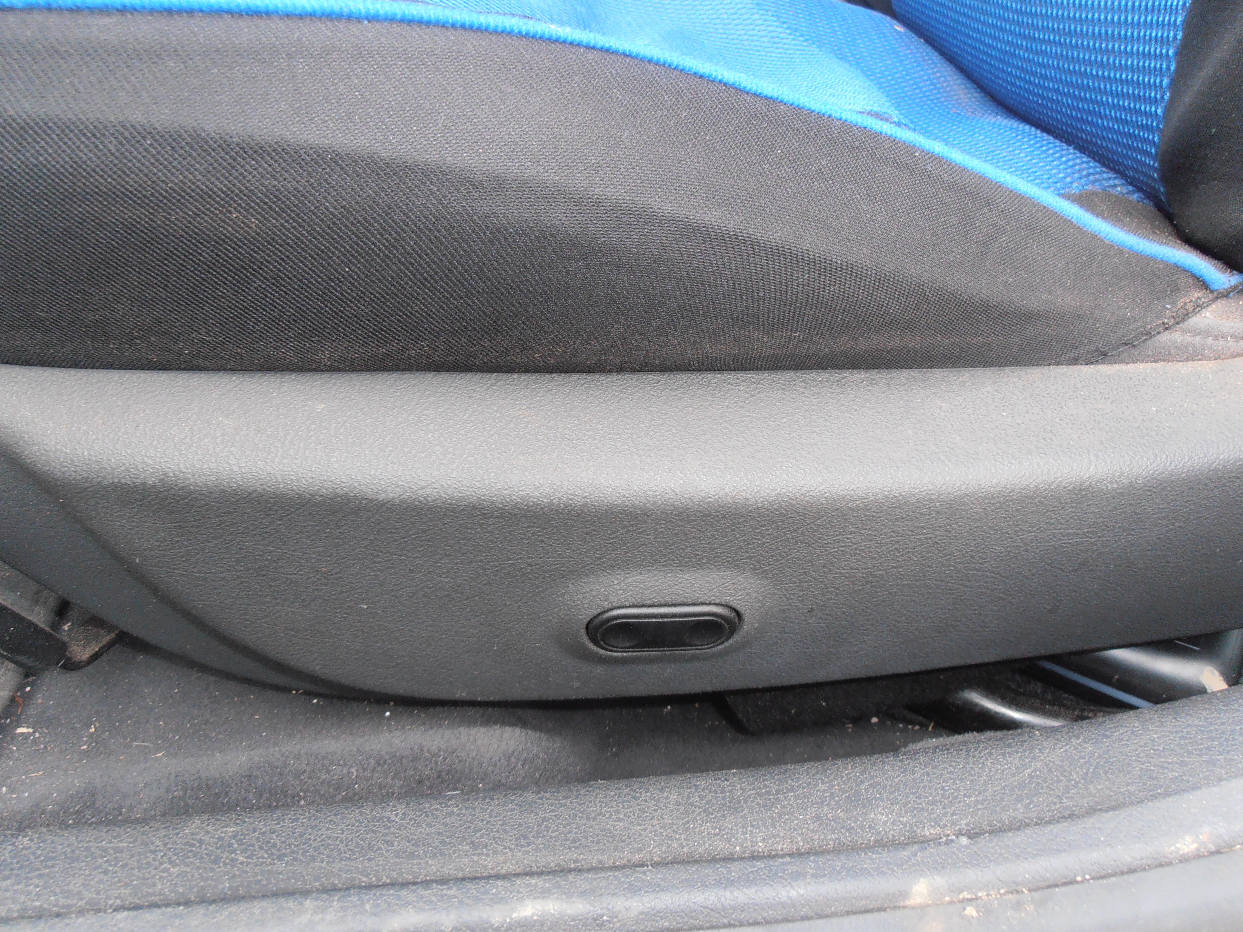 Audi A4 1997r - Podgrzewane fotele
