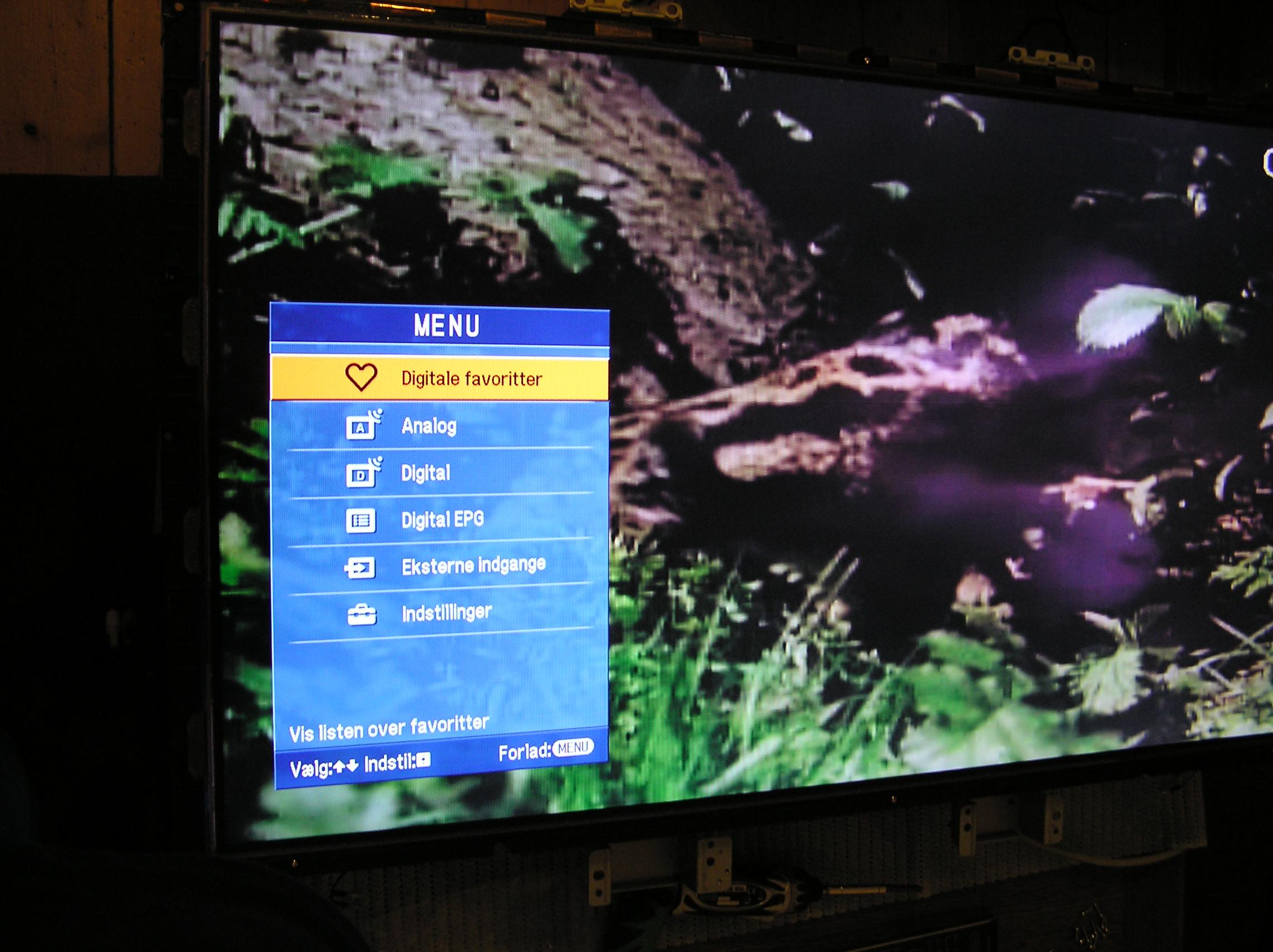 Sony KDL-40V3000 zostaj� �lady po wcze�niejszym obrazie