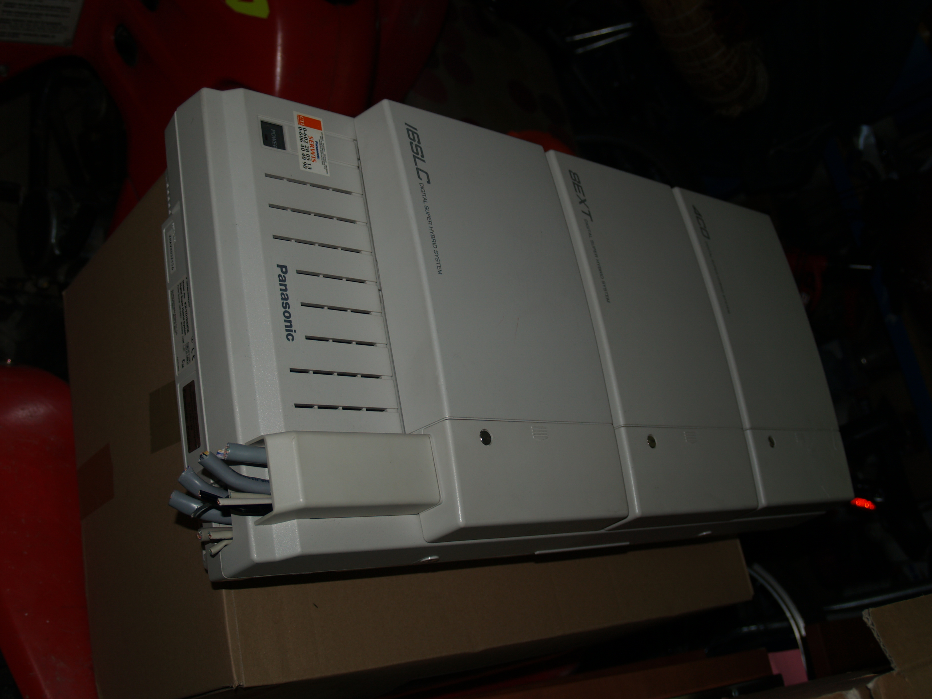 [Sprzedam] 2 centrale Panasonic z kartami i 14 telefon�w Panasonic