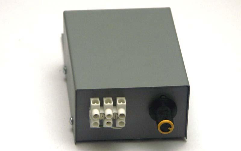 Transformator elektroniczny do halogenów 150W.