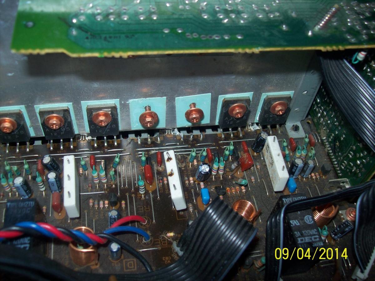 [Zlec�] napraw� amplitunera Yamaha RX-V520 RDS - poszukuj� dobrego serwisu