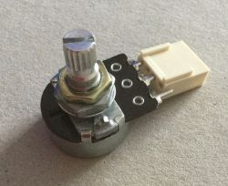 Regulator napięcia 230V jako ściemniacz żarówki z certyfikatem CE