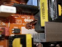 Samsung LE23R81B - Po wymianie kondensatorów brak napięć.
