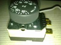 chłodziarka, silesia scw-220, jak podłączyć termostat??