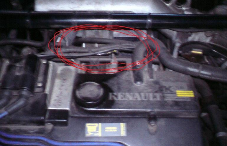 Renault Megane Coupe I 1.6 - Silnik klekocze na wolnych i na szybkich obrotach
