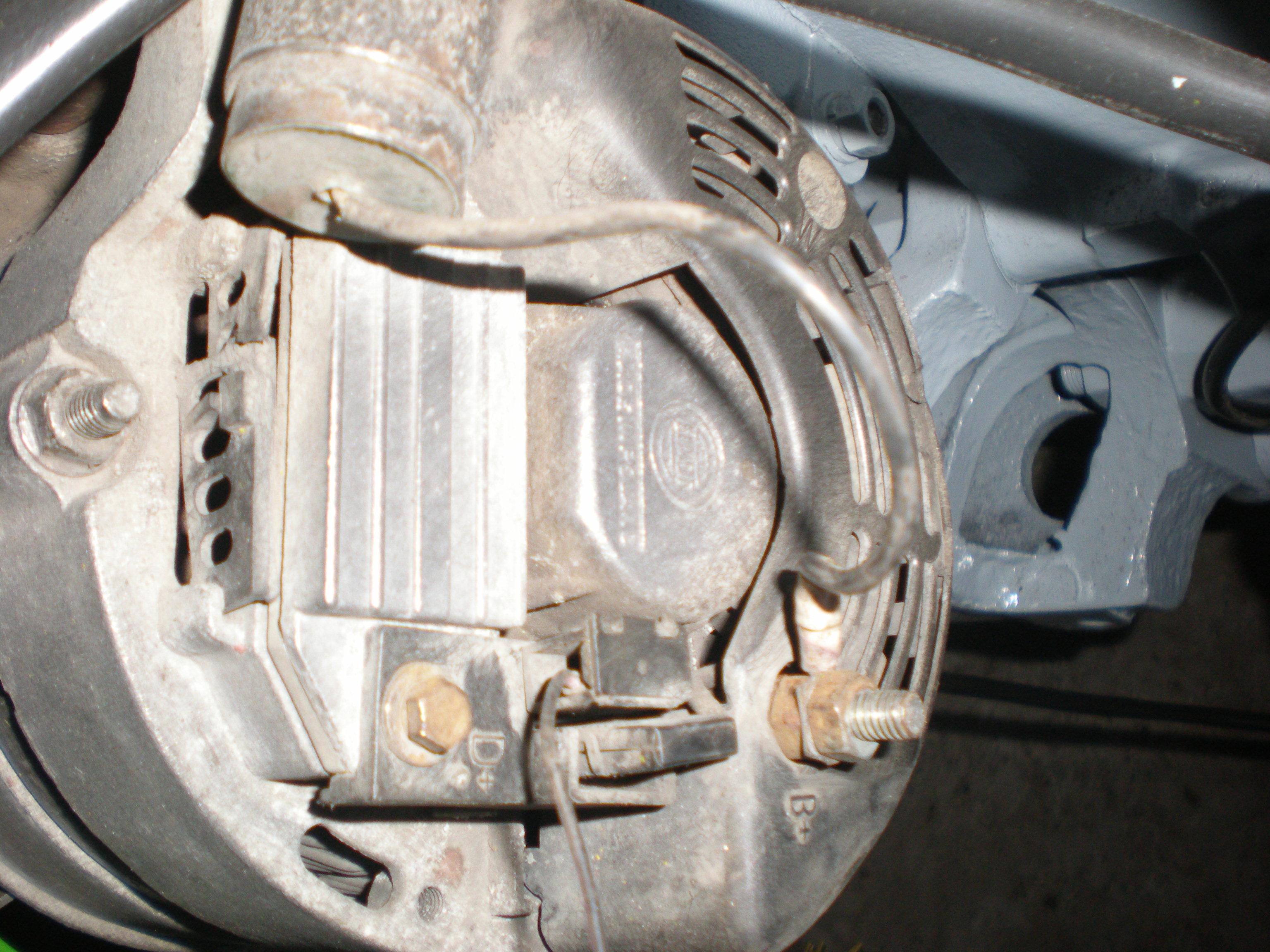 Jak pod�aczy� ten alternator do C-330?