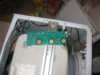 Pralka Indesit WIN102 - jak założyć płytkę przy pokrętłach